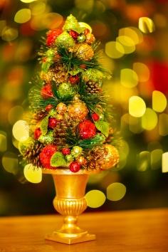 christmas-tree-bokeh-1448895378I18
